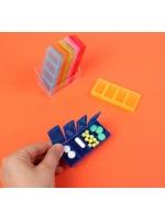 Таблетница контейнер Неделька 7 контейнеров по 4 секции разноцветный вертикальный
