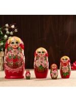 Матрешка Флора красный платок ягодки 5 кукольная 17 см